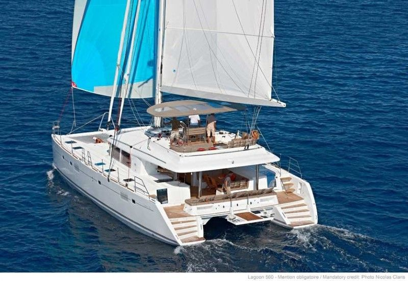 Lagoon 560 for rent