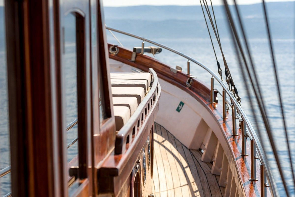 Gulet Slano charter