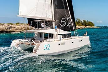 Luxury boats Charter